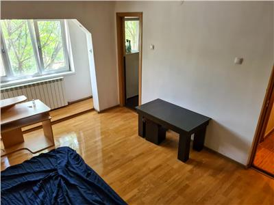Apartament cu o camera, zona Girocului