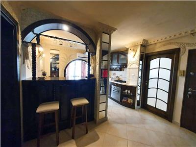 Apartament deosebit, 3 camere Girocului