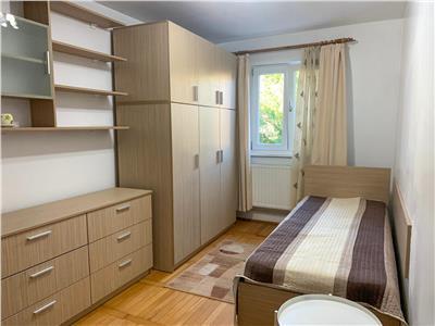 Apartament doua camere, semidecomandat zona Girocului